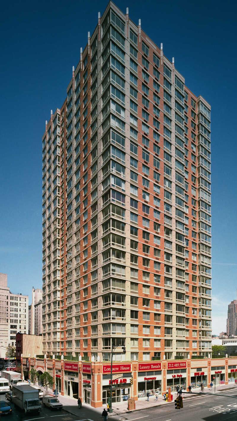 305 West 50th Street 18l In Hell S Kitchen Manhattan