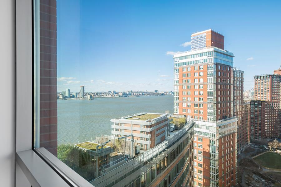 Streeteasy riverhouse one rockefeller park at 2 river for 20 river terrace rentals