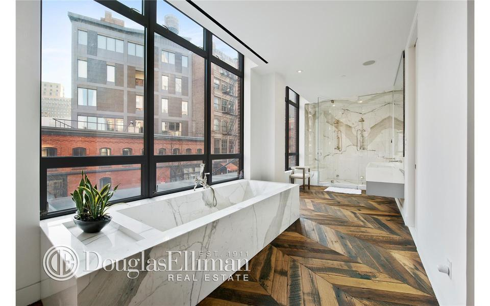 Streeteasy 1 north moore street in tribeca townhouse for Townhouse for rent nyc