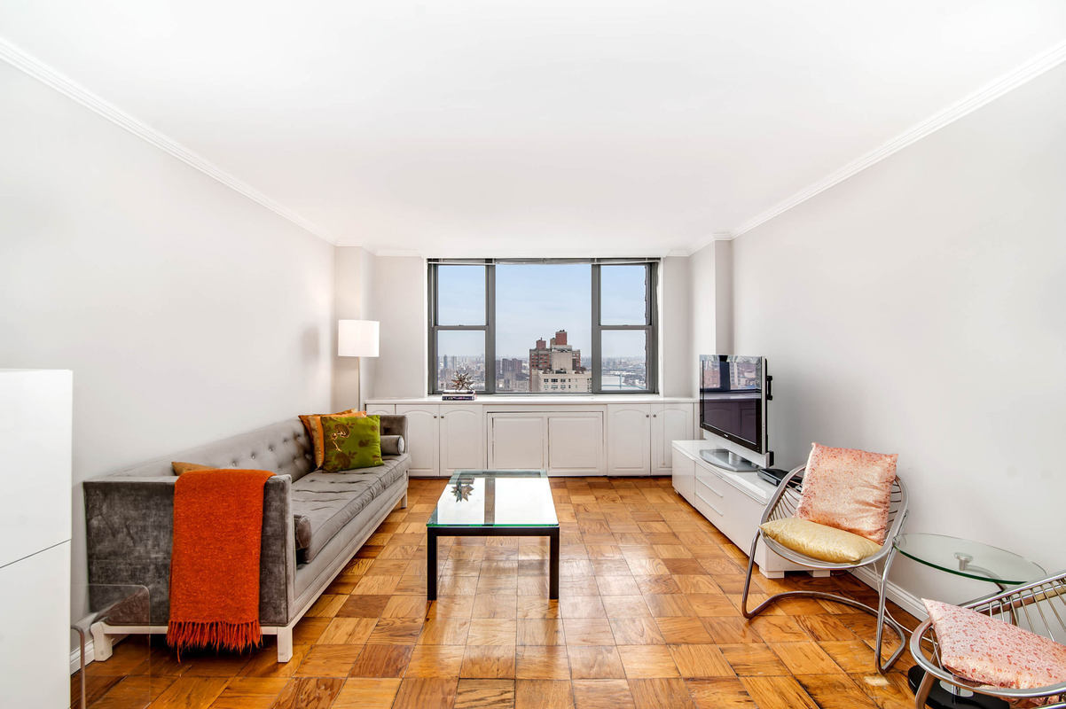 Streeteasy 444 east 86th street in yorkville 37j for Living room 86th street brooklyn ny