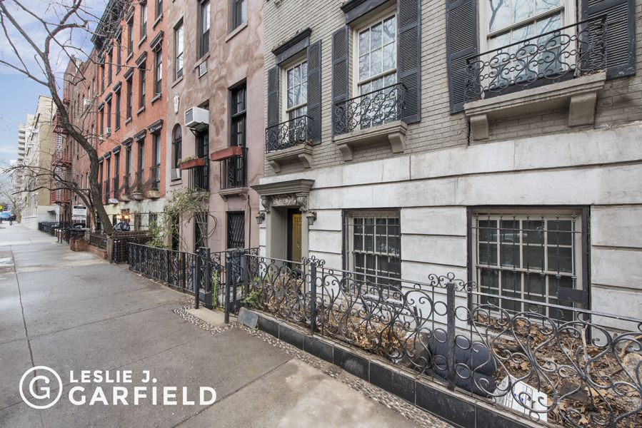 353 east 19th street in gramercy park manhattan streeteasy for Gramercy park townhouse for sale