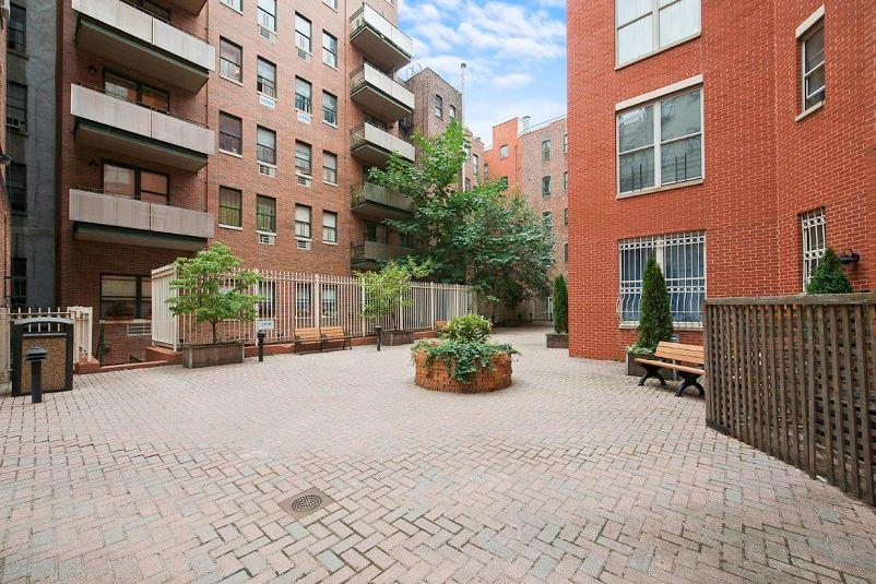 1306 St Nicholas Avenue New York: StreetEasy: 191 Saint Nicholas Avenue In South Harlem, #5H
