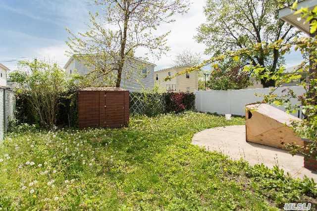 167 18 144 terrace in springfield gardens sales rentals for Terrace 167 photos