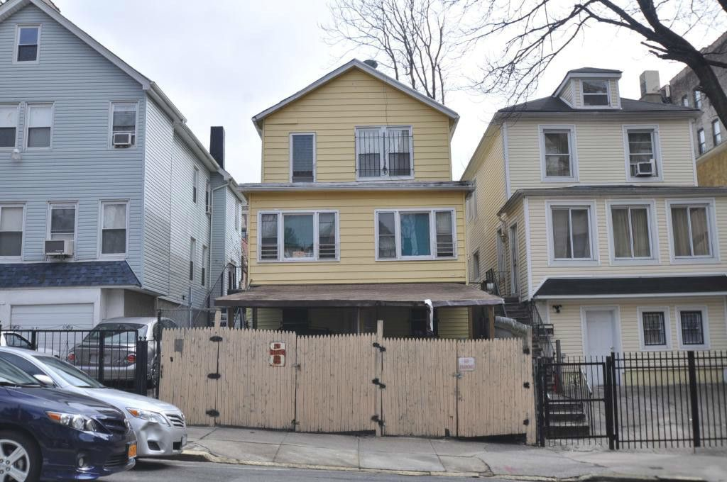 1914 Hennessy Pl In University Heights Sales Rentals
