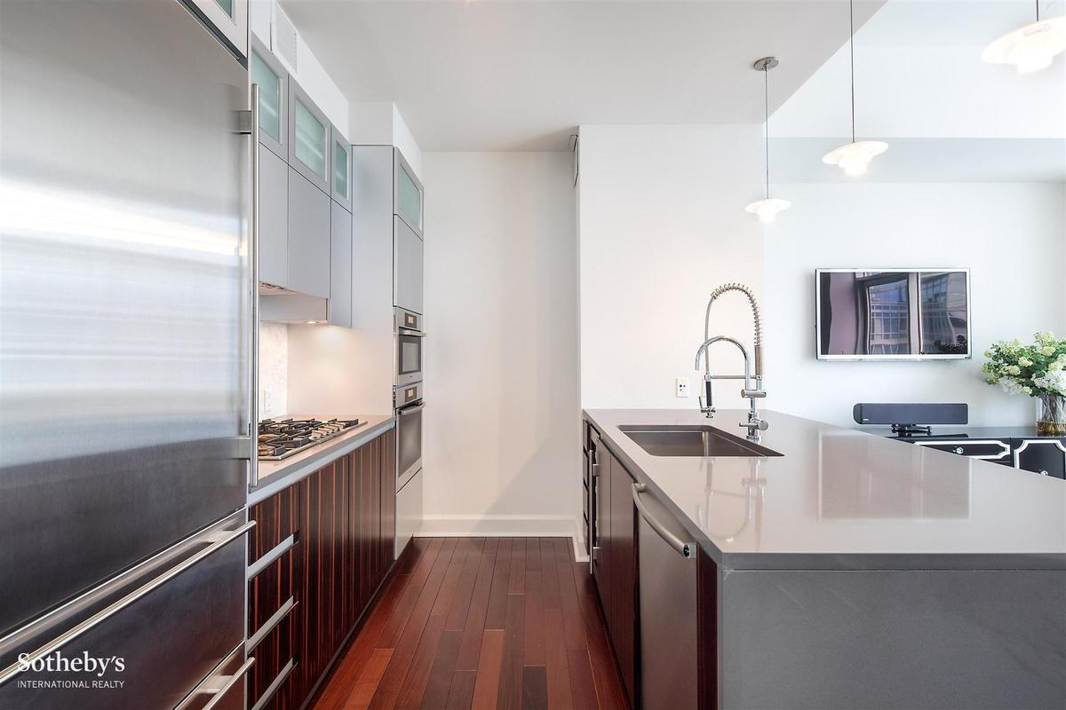 Streeteasy adagio at 243 west 60th street in lincoln for Adagio new york