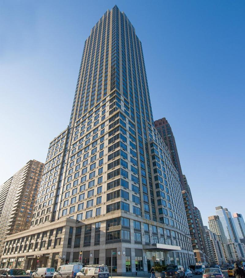 Riverside Blvd Condos For Sale And Rent In Manhattan Nyc: StreetEasy: 200 Riverside Boulevard In Lincoln Square, 4M