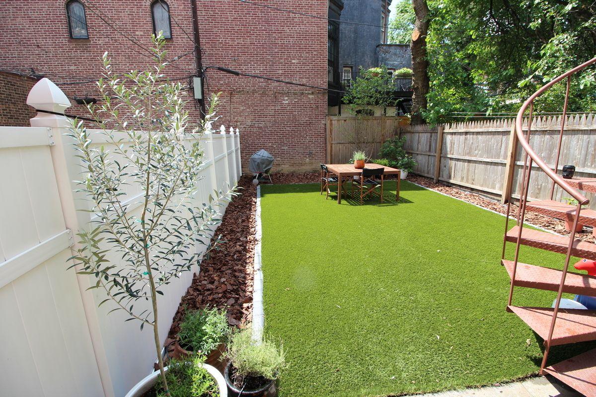 984 Park Place, Brooklyn, NY, 11213
