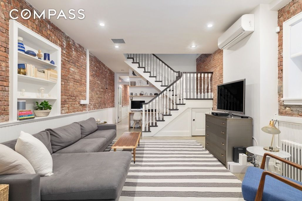 10 Jay Street 10 Jay Street 2nd Floor Brooklyn Ny