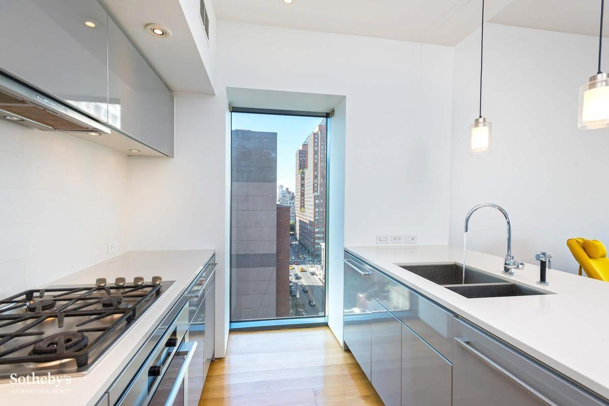 Streeteasy 123 third avenue in east village 12a sales for 123 william street 3rd floor new york ny 10038