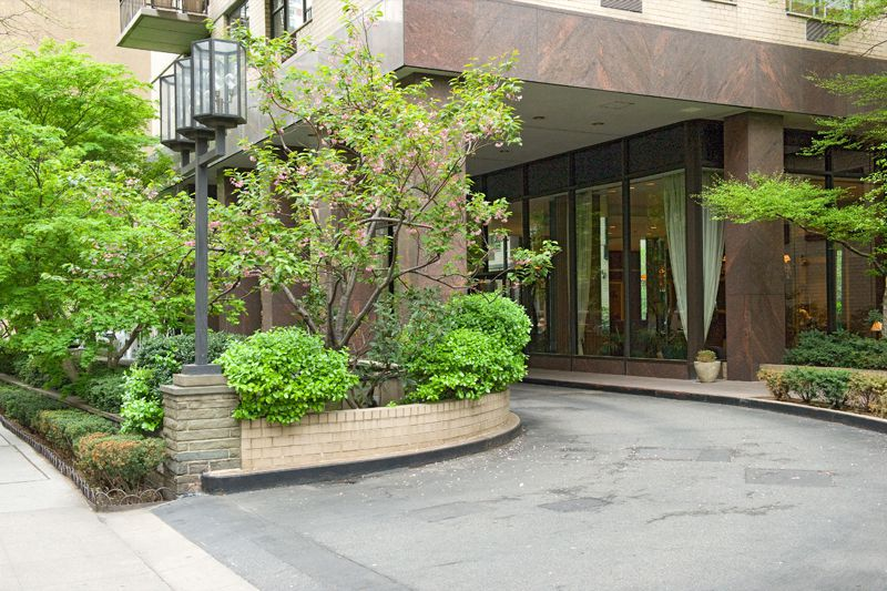 The Fairmont at 300 East 75th St  in Lenox Hill : Sales
