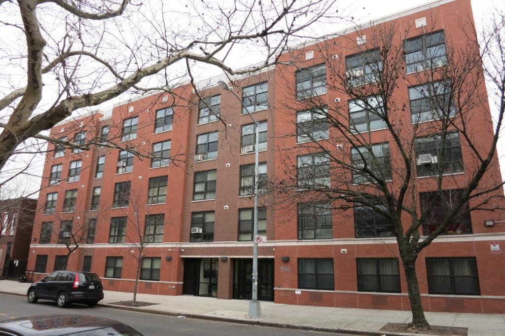 Streeteasy 562 gates avenue in bedford stuyvesant 3a for 10 grand army plaza 2nd floor brooklyn ny 11238