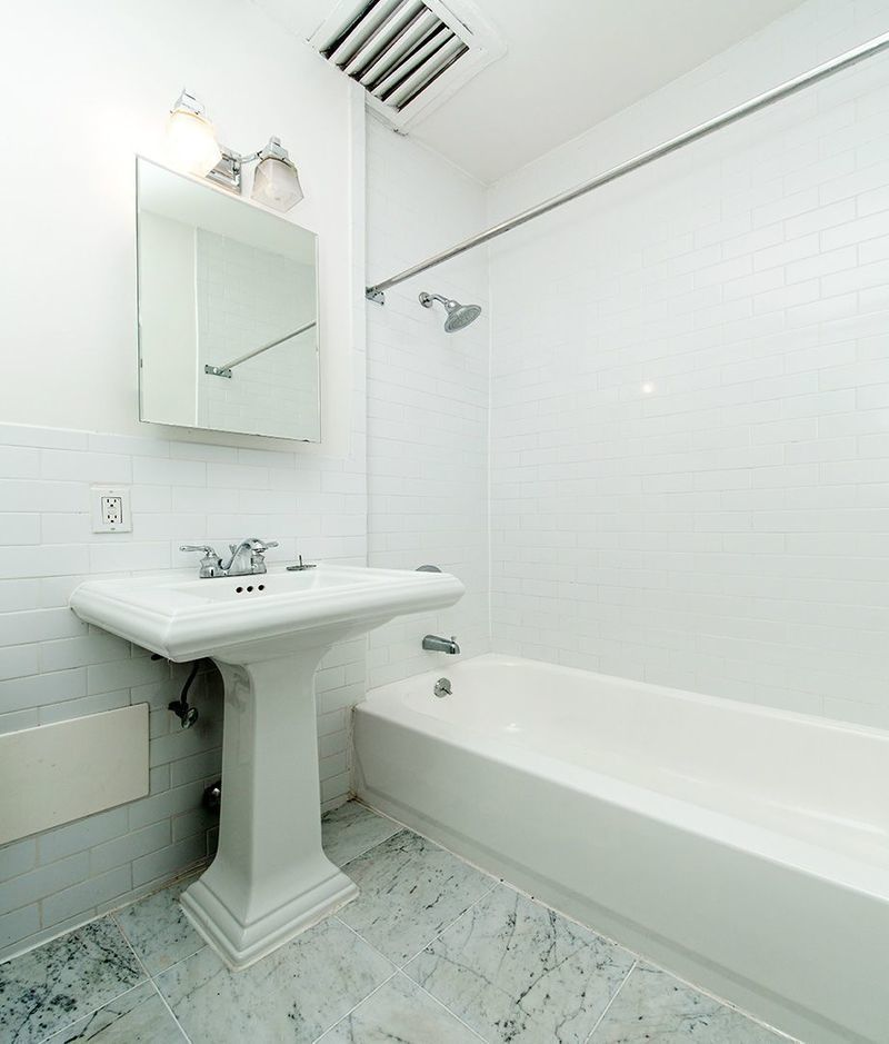 Easy Street Rentals: StreetEasy: 242 East 75th Street In Lenox Hill, #4A