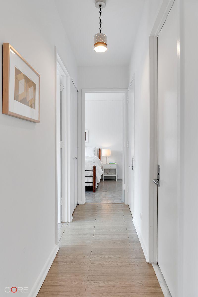 Natural lighting futura lofts Ellum Lofts Of 32 Dezeen Streeteasy The Future Condominium At 200 East 32nd Street In Kips