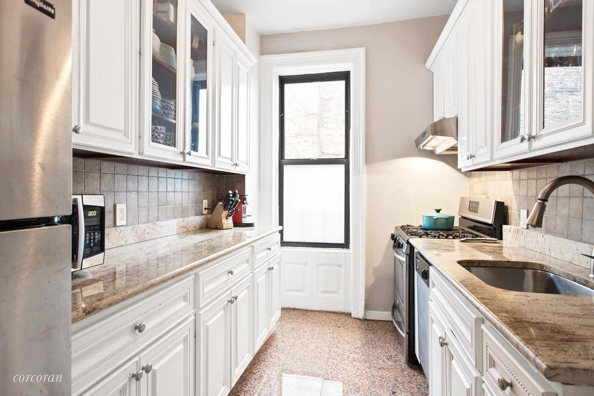Streeteasy 412 Eighth Avenue In Park Slope 3c Sales