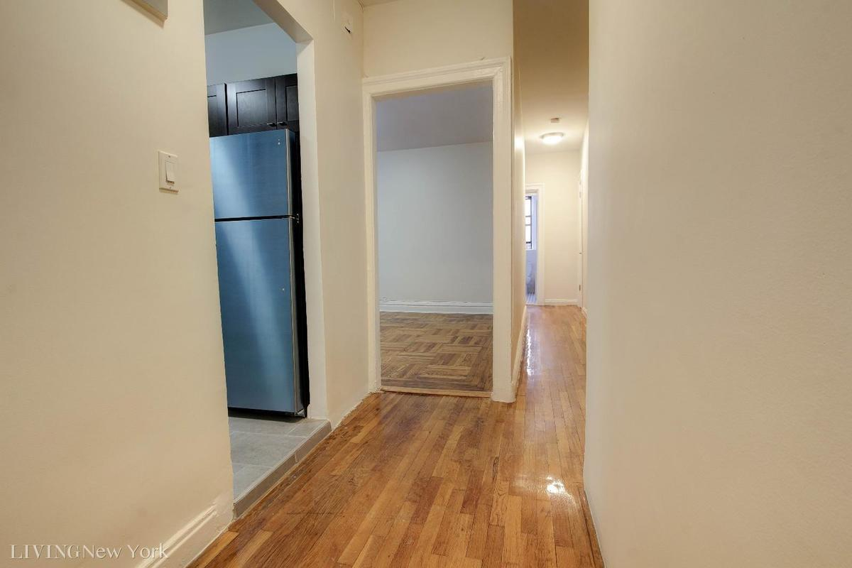 Streeteasy 64 hillside avenue in fort george 2hh for Hillside elevator cost
