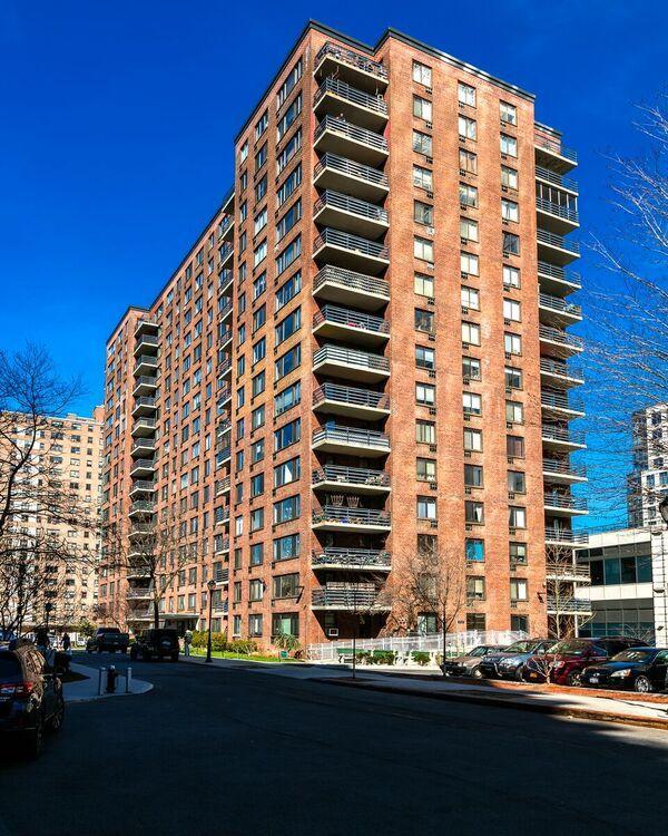 10 Lexington Ave Floor Plans