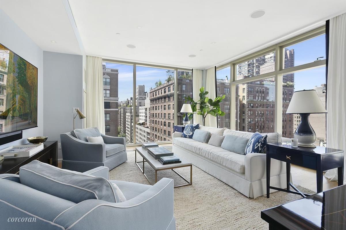 20 Something Manhattan Apartment: 1055 Park Avenue #PH In Carnegie Hill, Manhattan