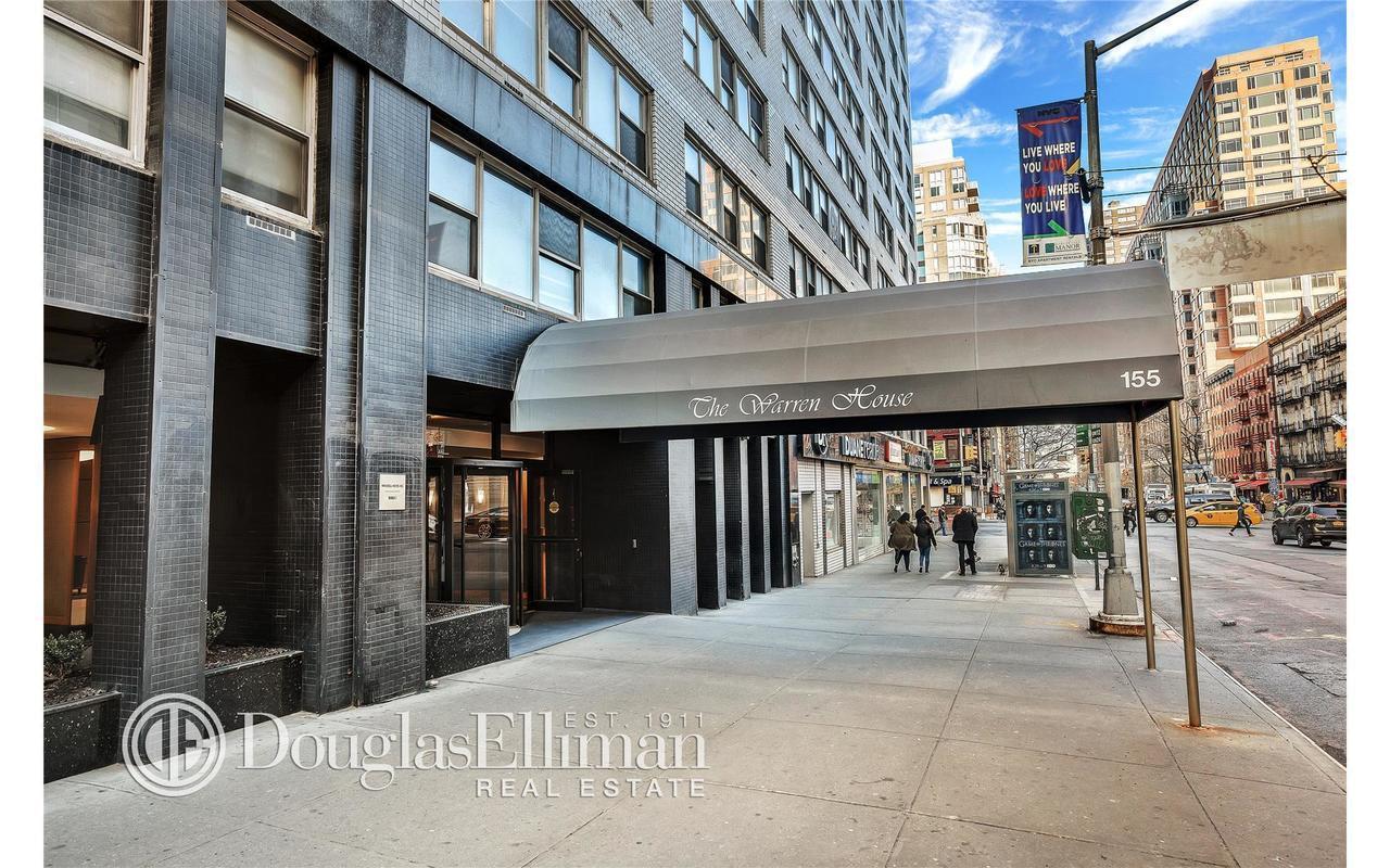 StreetEasy: 155 East 34th Street in Murray Hill, 17M - Sales