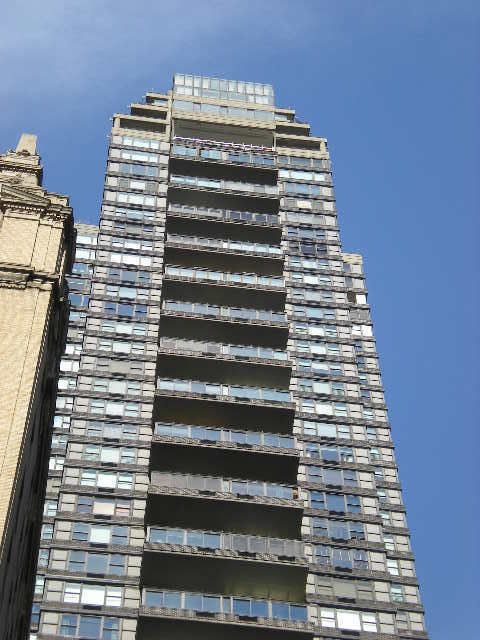 The Galleria at 117 East 57th St  in Midtown : Sales