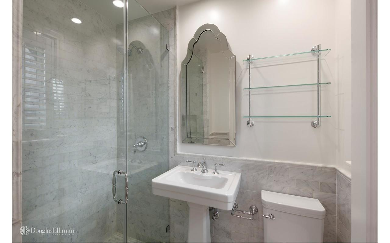 StreetEasy: 424 East 57th Street in Sutton Place, #5BFE