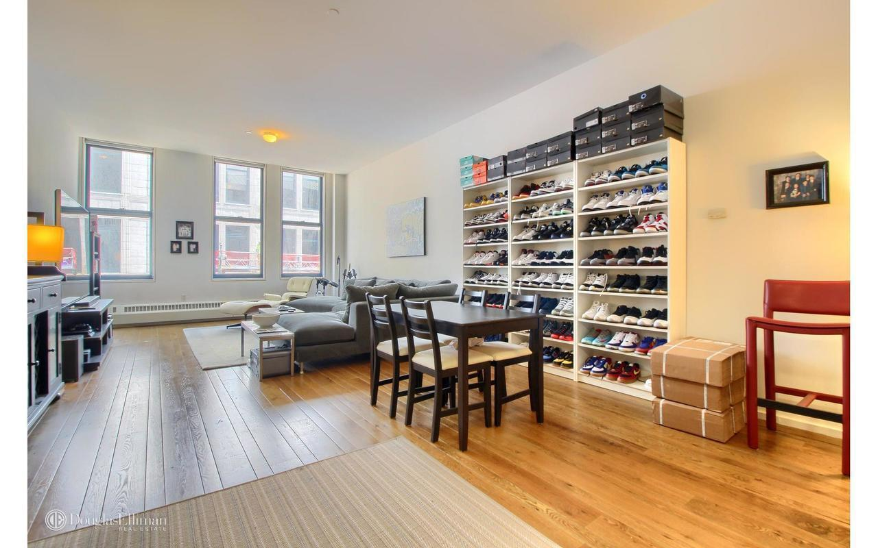 Streeteasy 21 astor place in noho 9a sales rentals for 11 east broadway 13th floor new york ny 10038