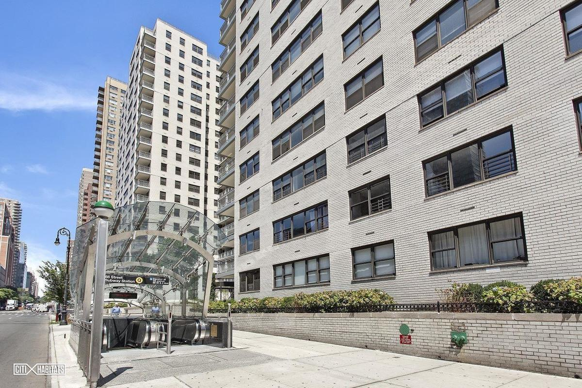 Streeteasy yorkshire towers at 305 east 86th street in for Living room 86th street brooklyn ny