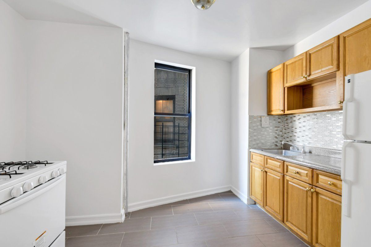 StreetEasy: 2226 Loring Place North in University Heights, #3 ...