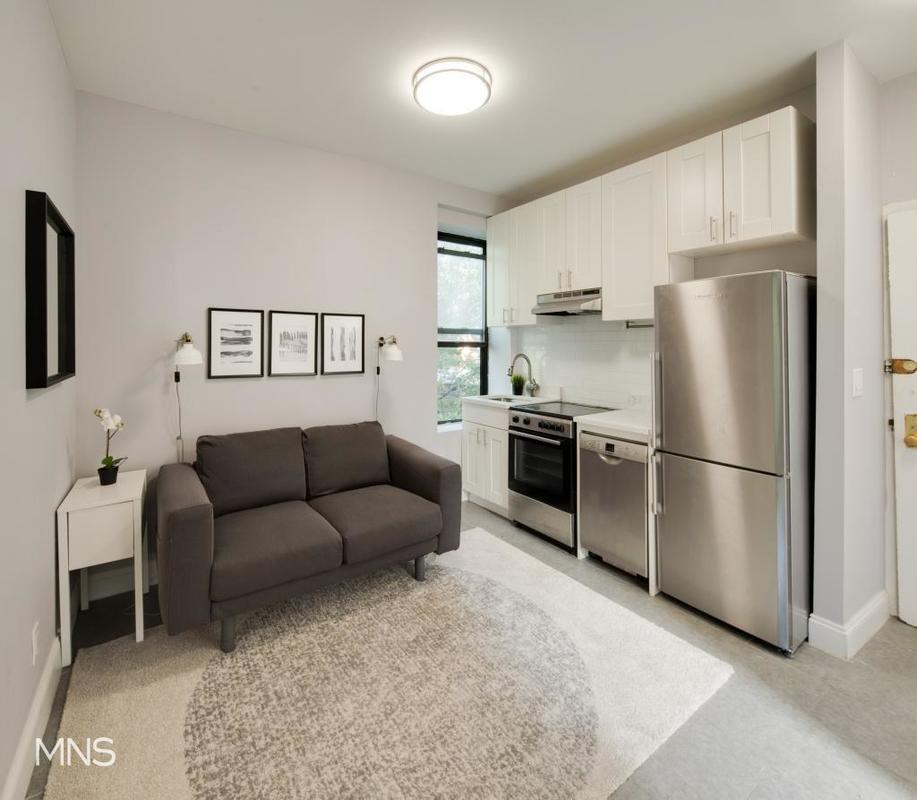 Streeteasy Rentals: StreetEasy: 454 West 22nd Street In West Chelsea, #2C
