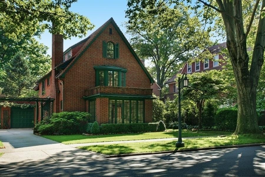 92 Greenway North in Forest Hills : Sales, Rentals, Floorplans ...