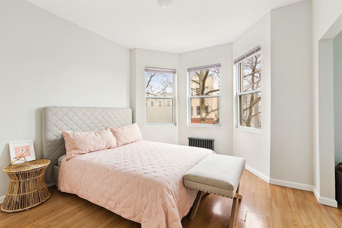 46 East 2 Street, Brooklyn, NY, 11218
