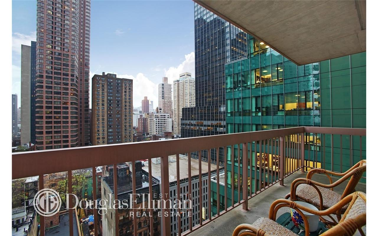 Streeteasy The Vanderbilt At 235 East 40th Street In