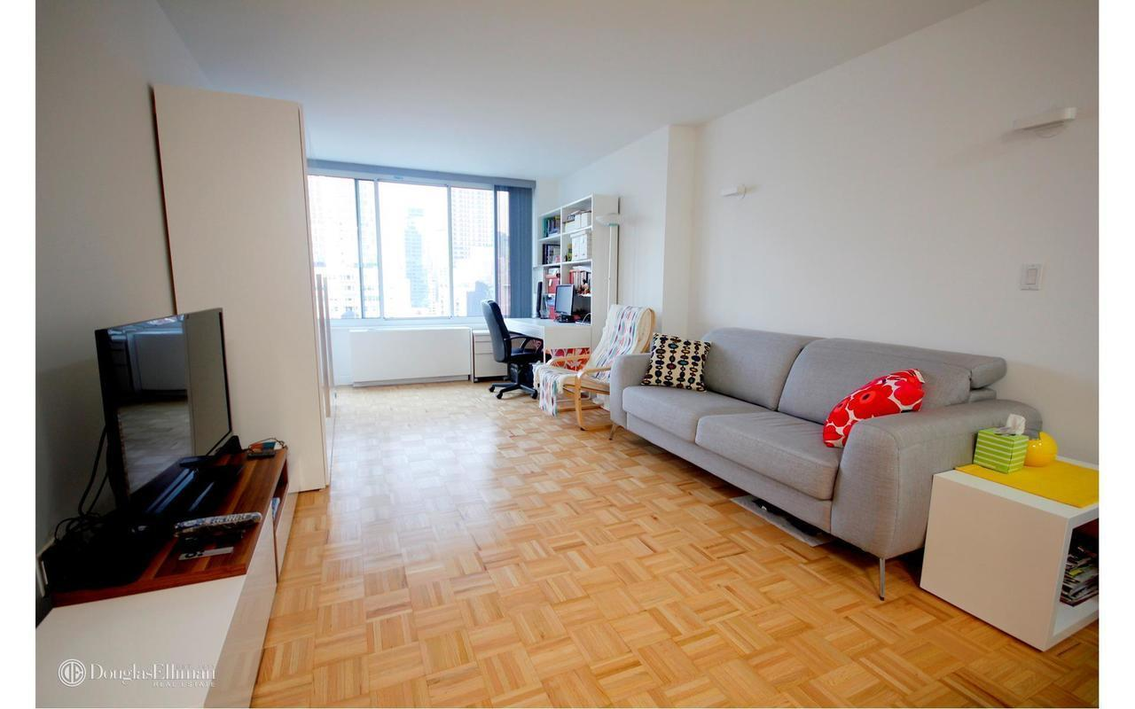 404 East 79th Street #16A in Upper East Side, Manhattan | StreetEasy