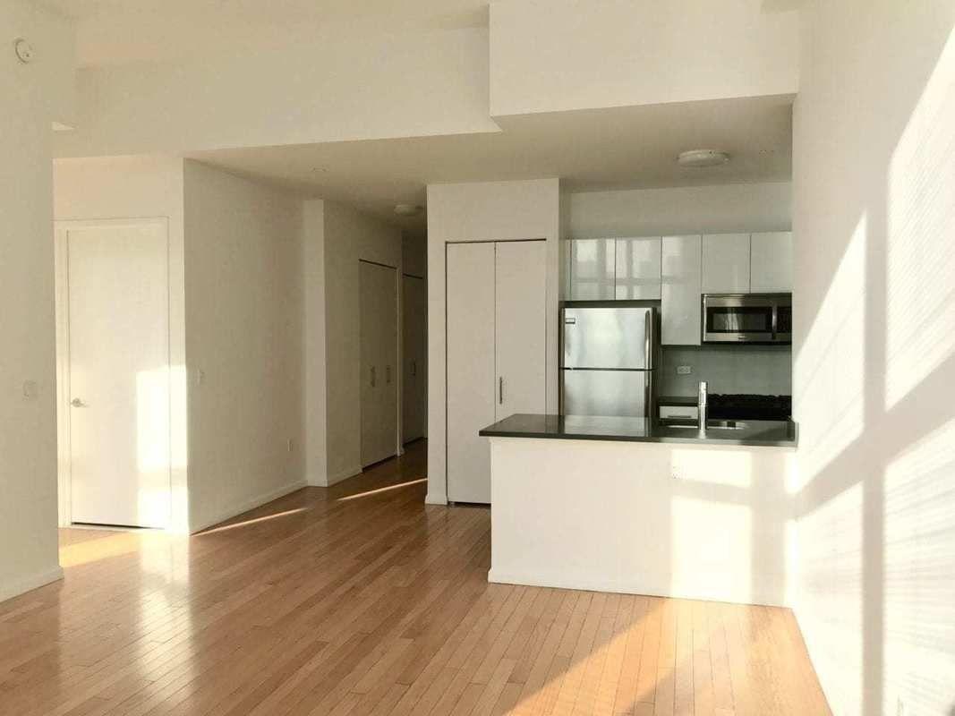 Streeteasy 4545 Center Boulevard At 4545 Center Boulevard In Hunters Point 2514 Sales Rentals Floorplans Streeteasy