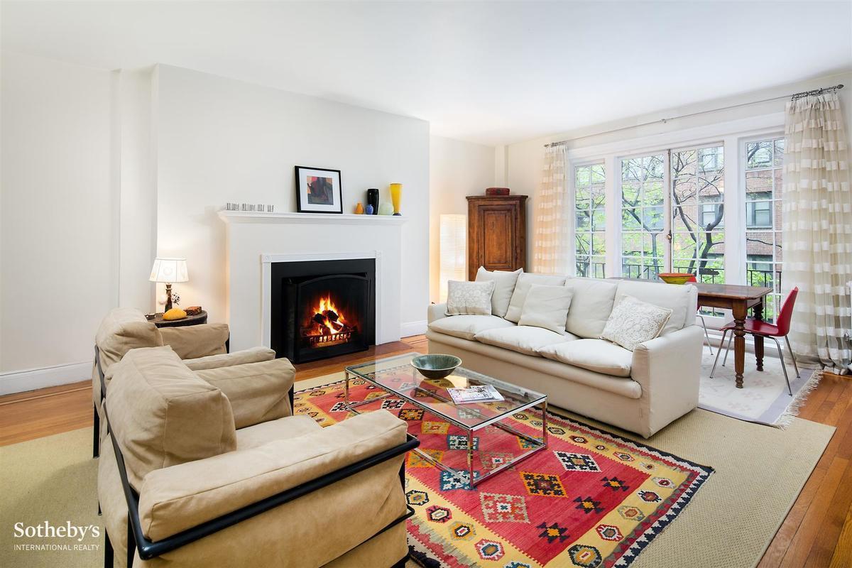 Juliette Balcony Living Room