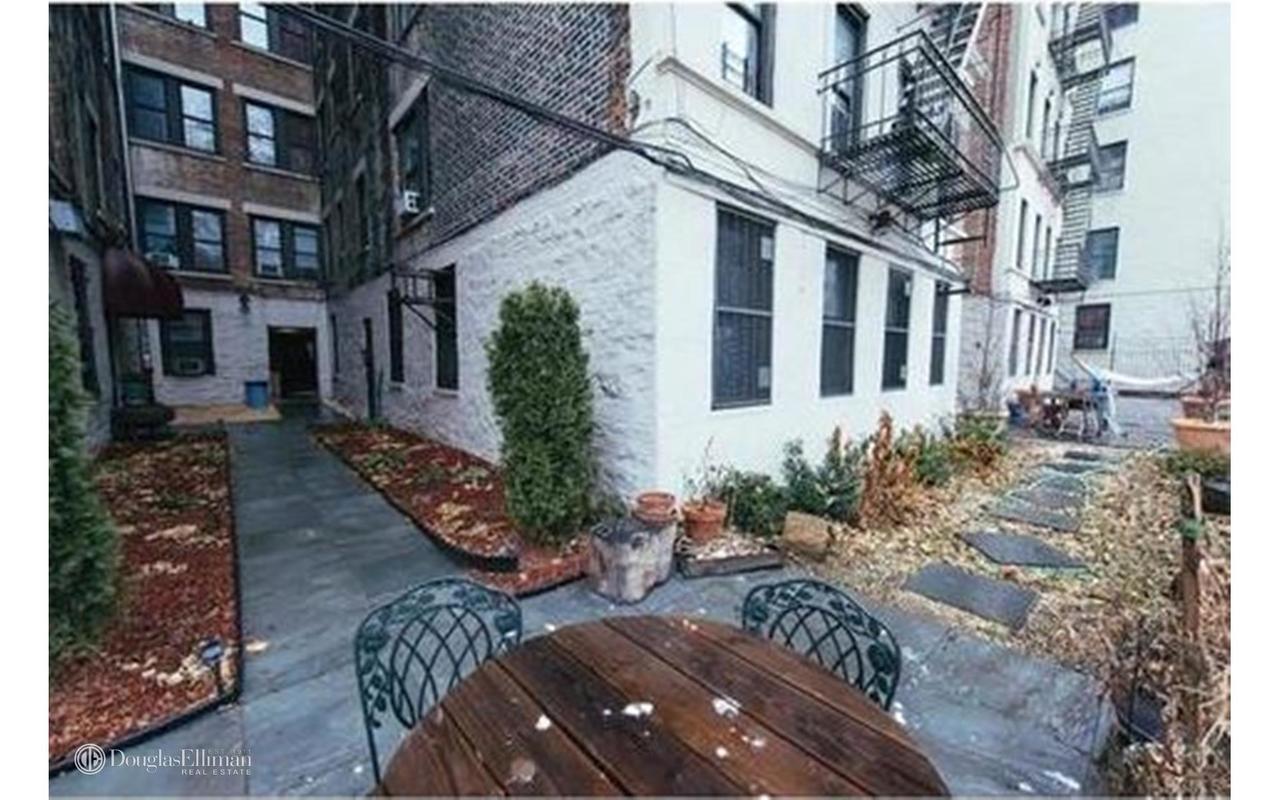 1306 St Nicholas Avenue New York: StreetEasy: 930 Saint Nicholas Avenue In Washington