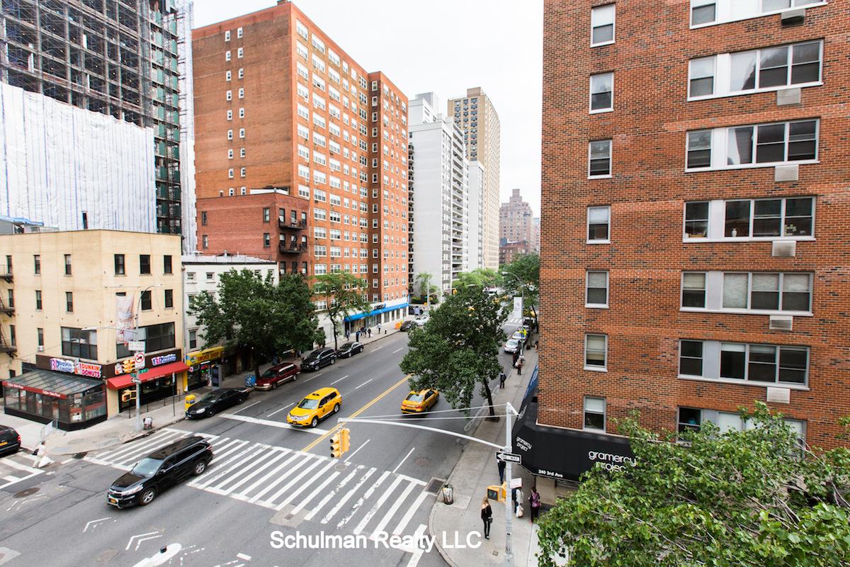 Streeteasy 151 east 20th street in gramercy park 4d for 14 wall street 20th floor new york new york 10005