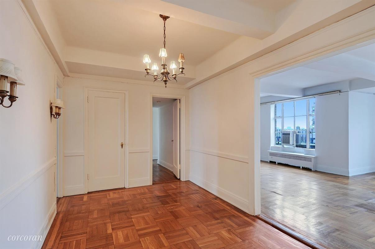 Streeteasy 200 west 86th street in upper west side 20d for Living room 86th street brooklyn ny