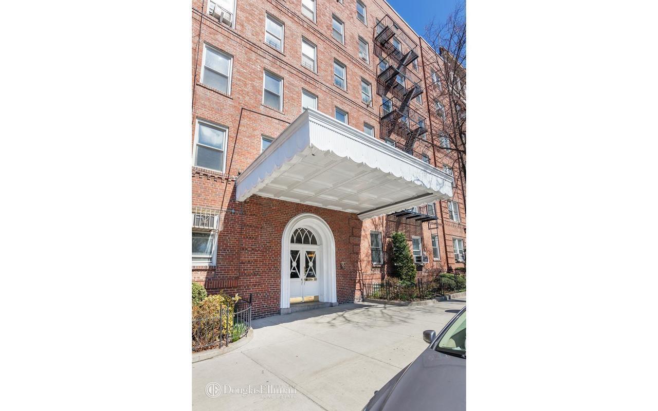 StreetEasy: 55 Eastern Parkway in Prospect Heights, #4H - Sales ...