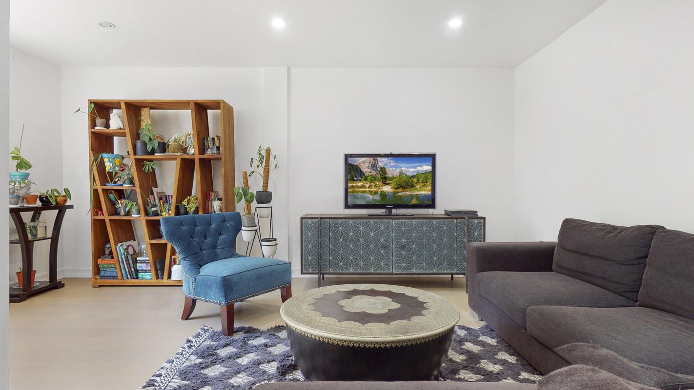 Streeteasy 4 Bogardus Place In Fort George 2f Sales Rentals Floorplans Streeteasy [ 800 x 1422 Pixel ]