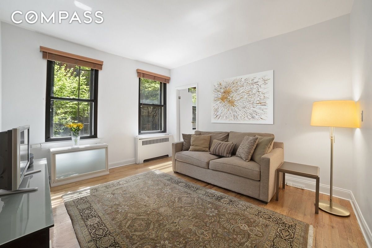 Living Room 86th Street 320 east 86th street #2f in yorkville, manhattan | streeteasy