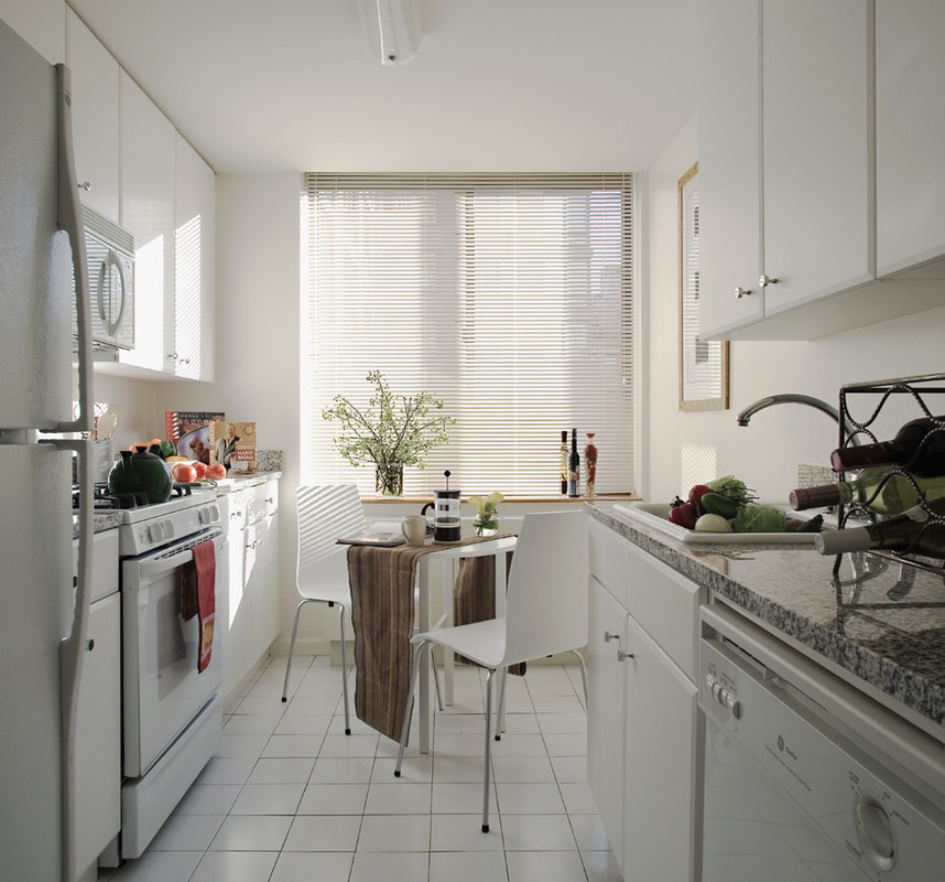 StreetEasy: The Lyric At 255 West 94th Street In Upper