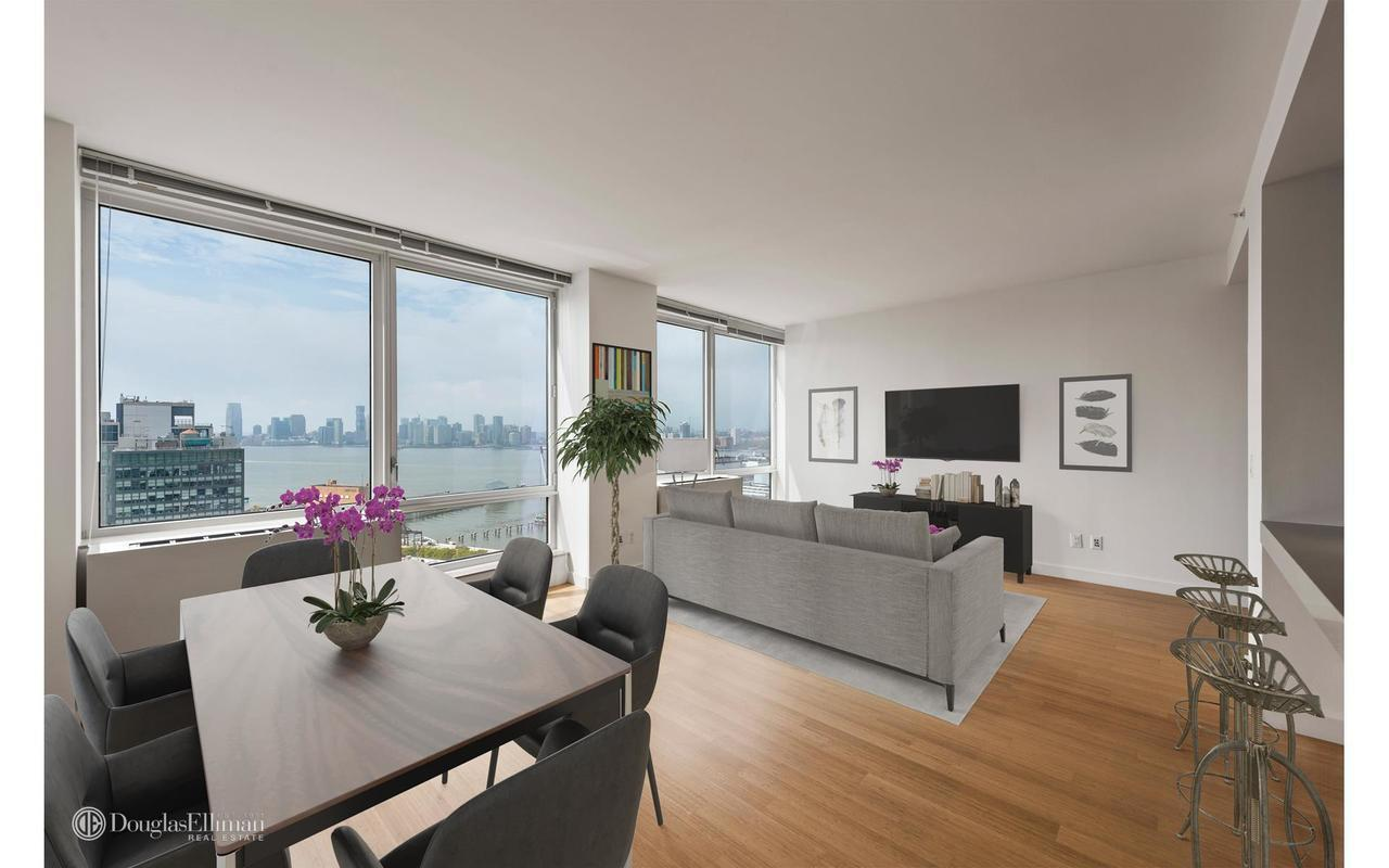 Streeteasy The Caledonia At 450 West 17th Street In West