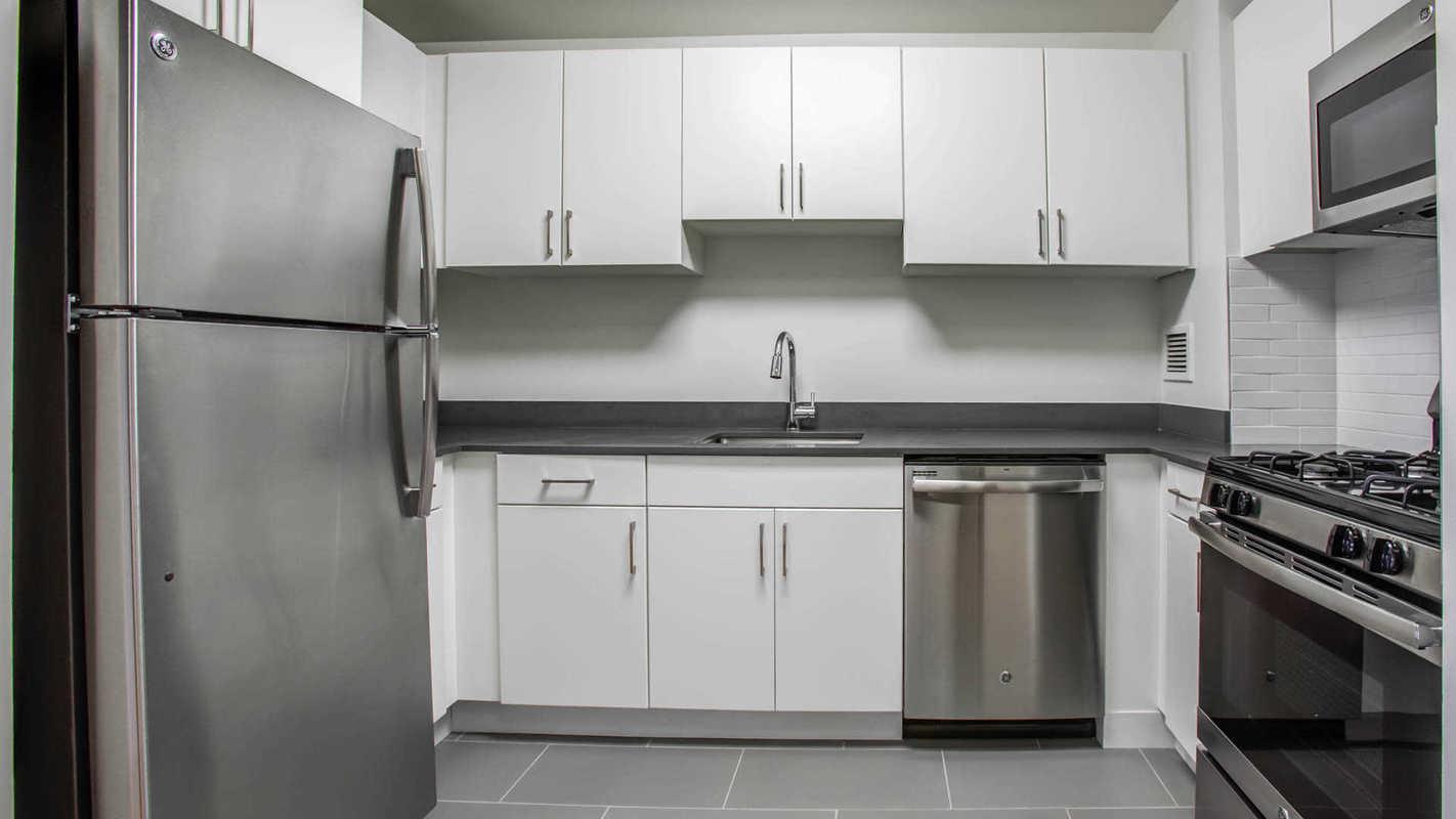 Ny Hell S Kitchen Kitchens