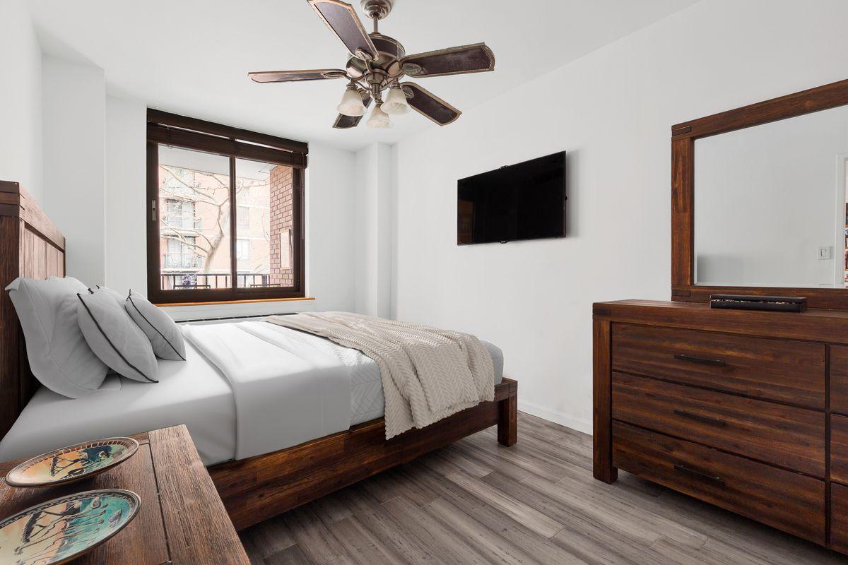 300 Albany Street 3b In Battery Park City Manhattan