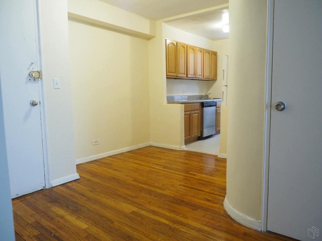 Streeteasy 65 Park Terrace West In Inwood 3f Sales