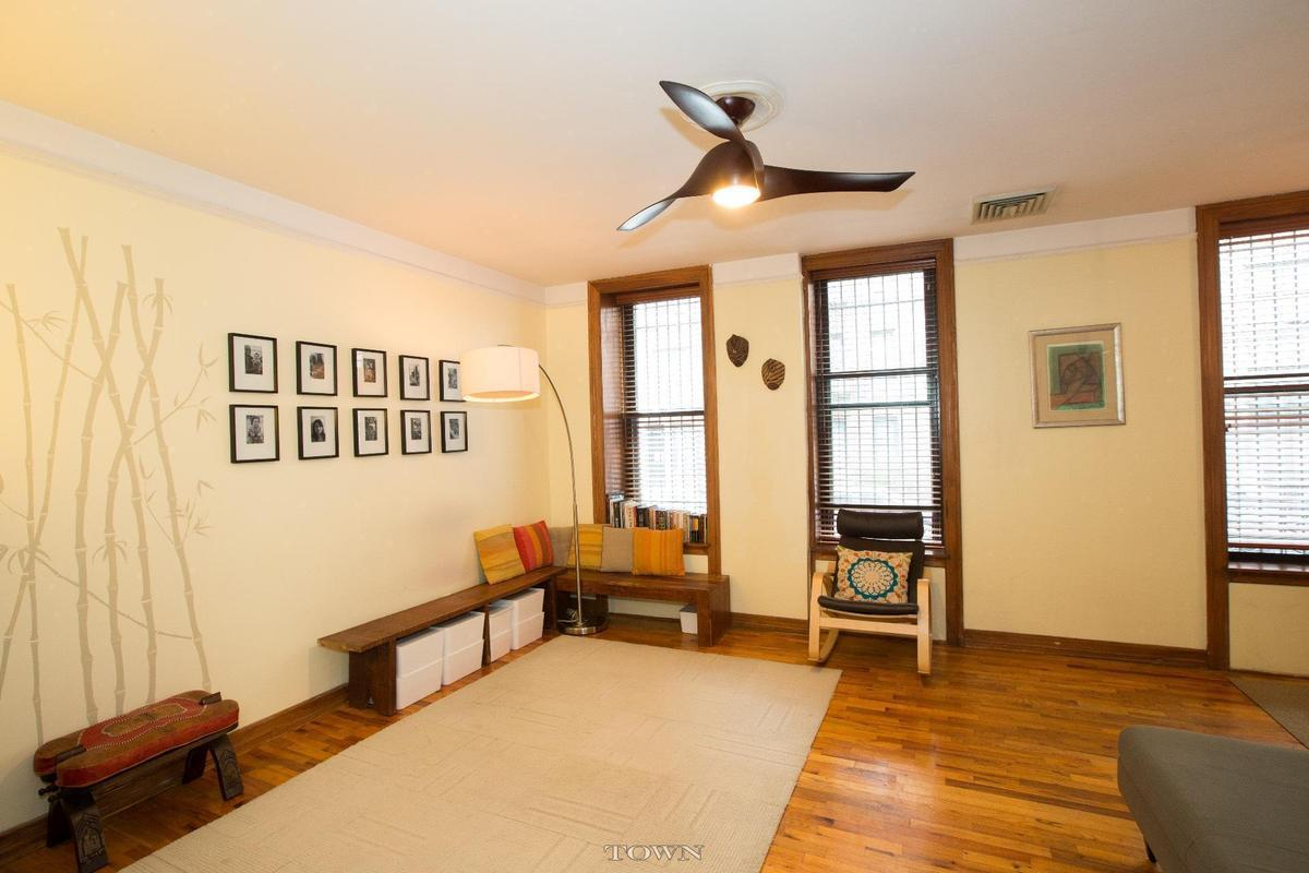 Streeteasy 375 Lincoln Place In Prospect Heights 1a