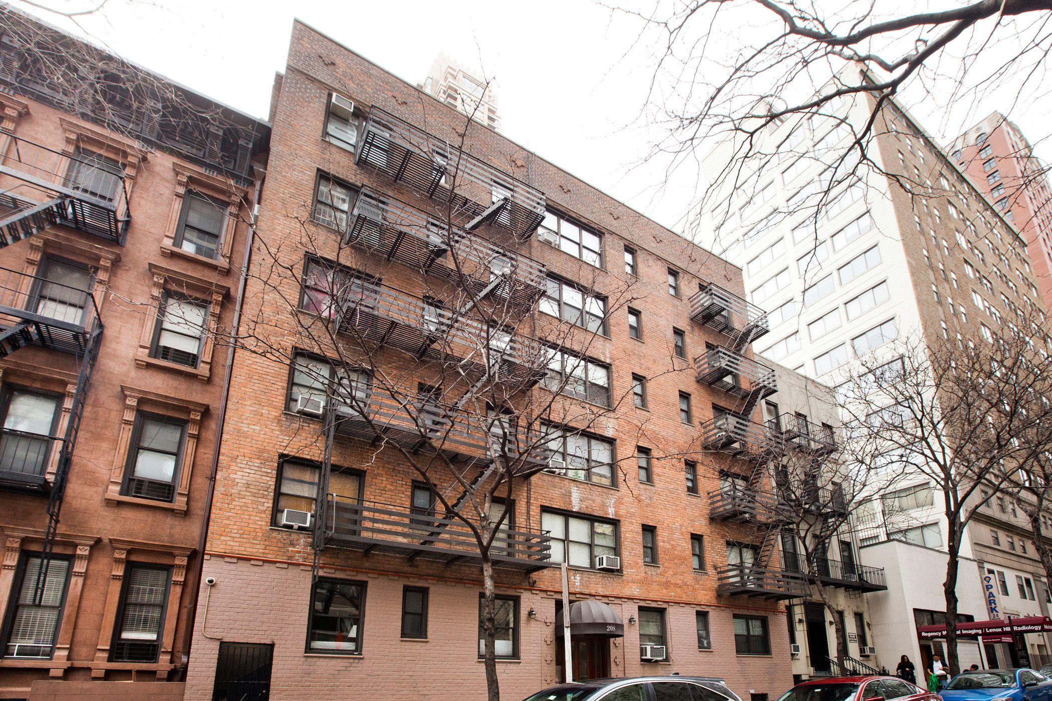 StreetEasy: 208 East 70th Street in Lenox Hill, #5E - Sales