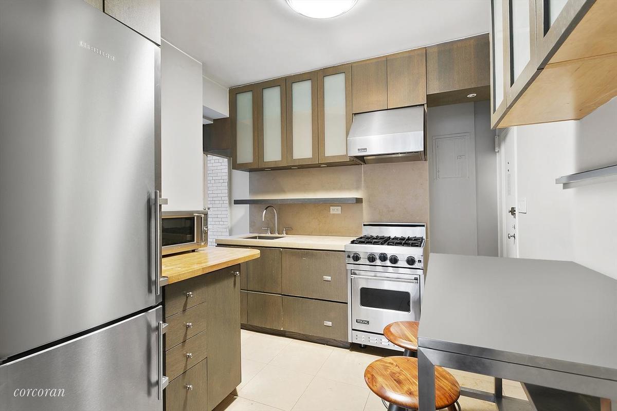 Streeteasy 44 East 67th Street In Lenox Hill 3a Sales