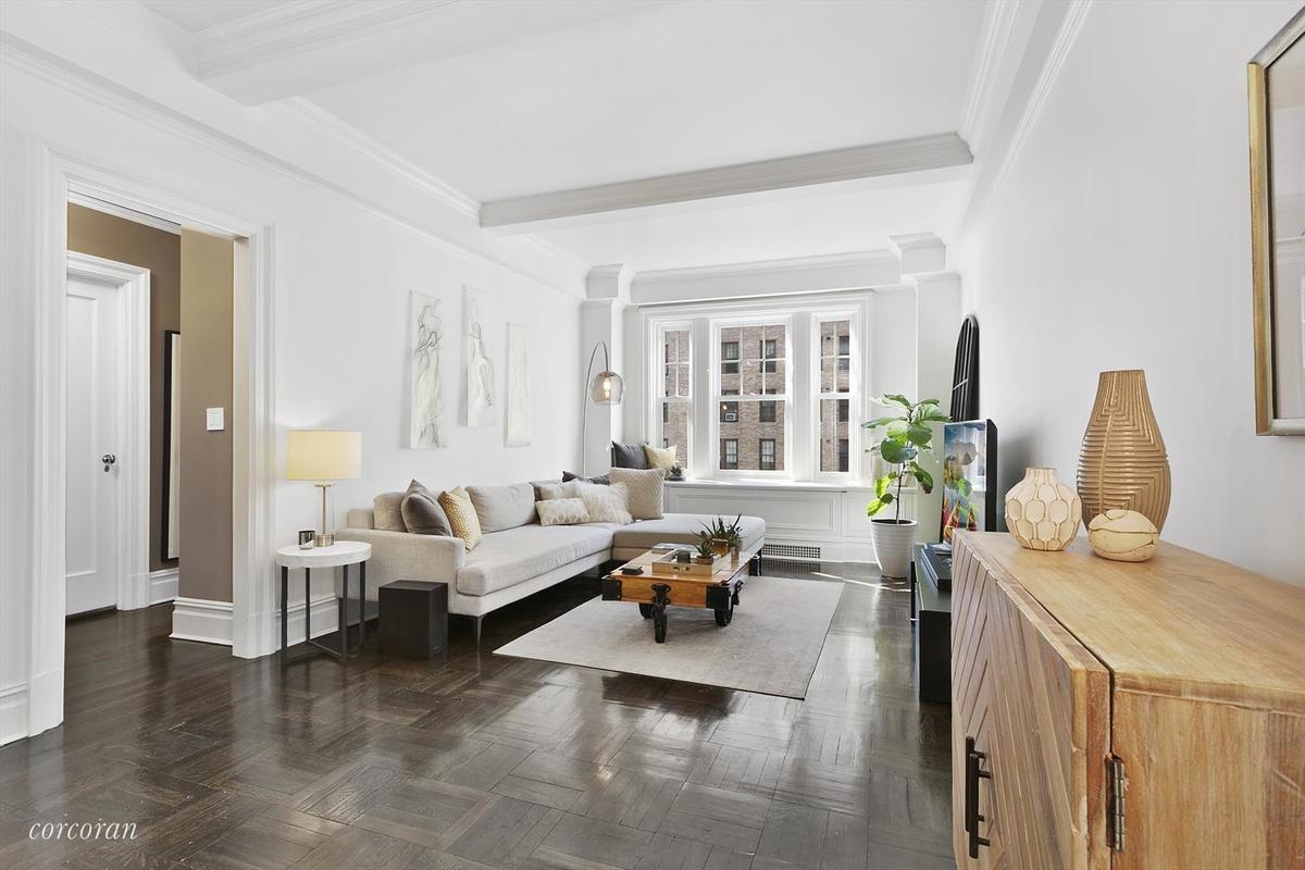 588 West End Avenue 10b In Upper West Side Manhattan Streeteasy