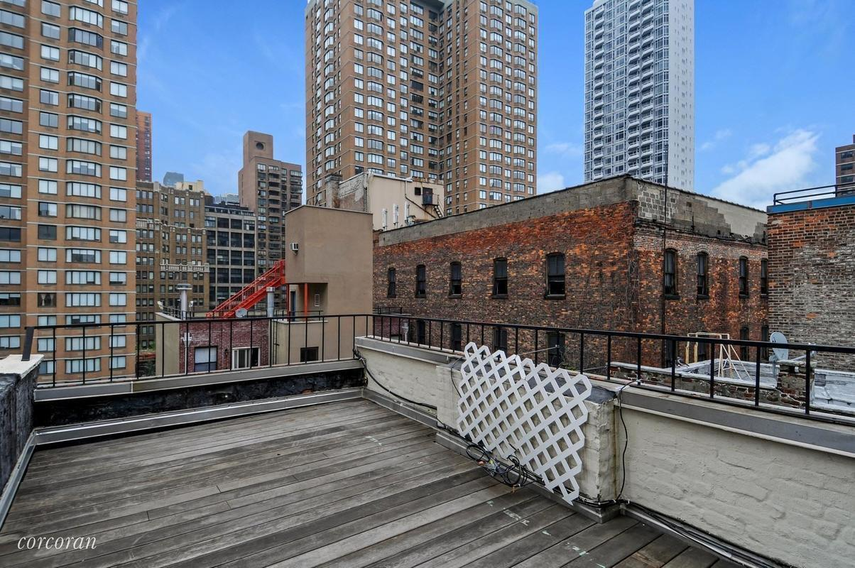 Streeteasy 133 east 30th street in kips bay 5b sales for 70 park terrace east new york ny